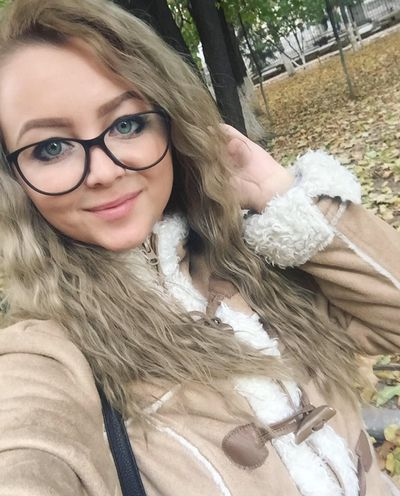 Sue Reavis - Escort Girl from Springfield Missouri