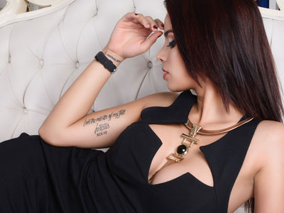 Annie Mc Donald - Escort Girl from Huntington Beach California