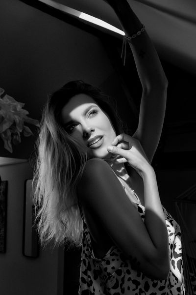 Carla Redfield - Escort Girl from Elgin Illinois