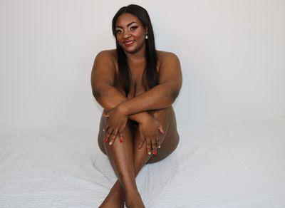 Amberluxury - Escort Girl from St. Louis Missouri