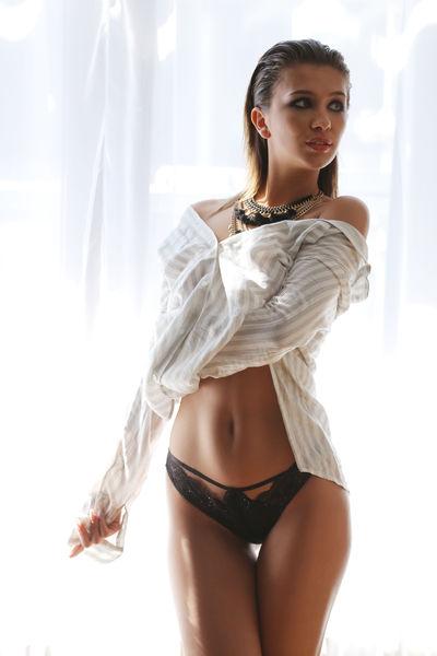 Audrey Rondeau - Escort Girl from Boston Massachusetts