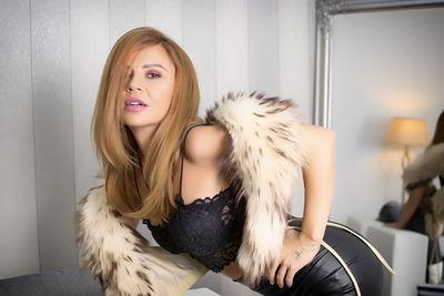Carina Bliss - Escort Girl from Springfield Missouri