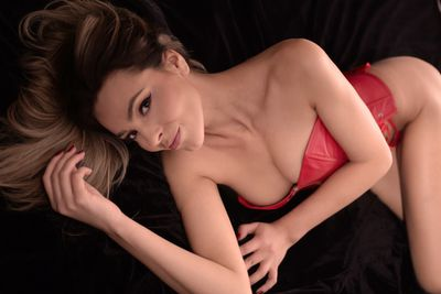 Carolyne Glam - Escort Girl from Norwalk California