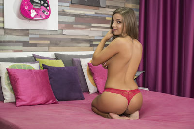 Daisy Bree - Escort Girl from Springfield Illinois