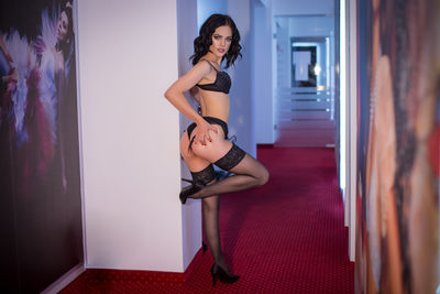 Carla Younger - Escort Girl from Lakewood Colorado