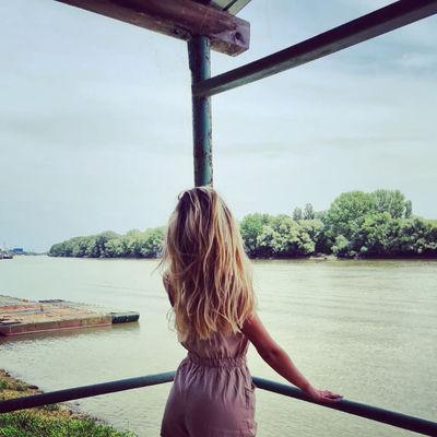 Laura Debord - Escort Girl from Ontario California