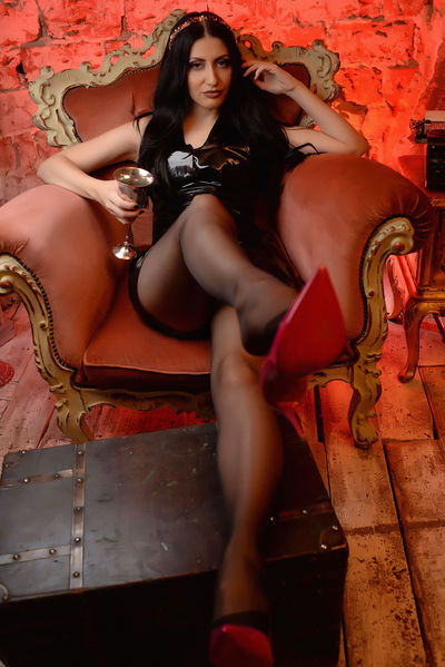 Lisa Ramos - Escort Girl from Norwalk California