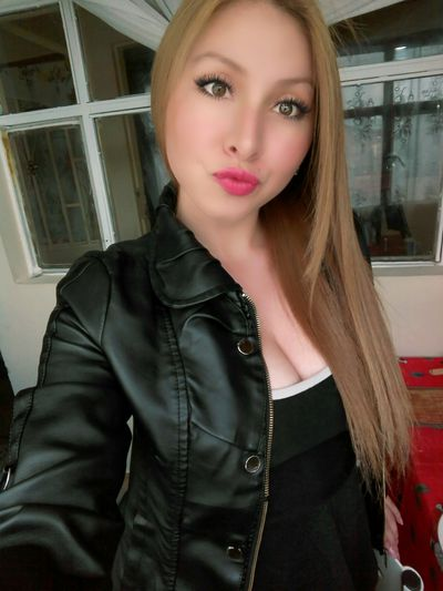 kimkimpiligrim - Escort Girl from Buffalo New York