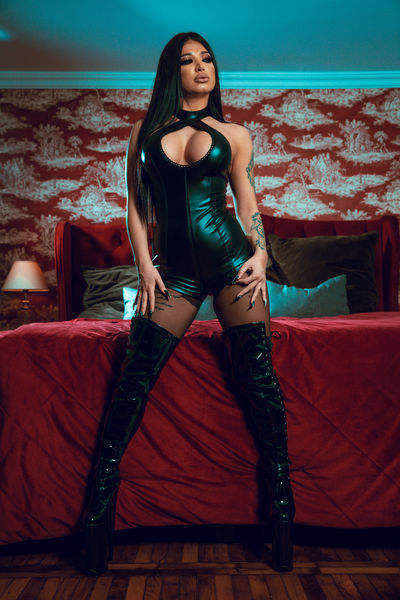 Louise Villa - Escort Girl from Sterling Heights Michigan