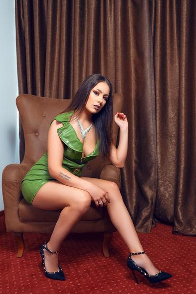 Kiara Madide - Escort Girl from St. Louis Missouri