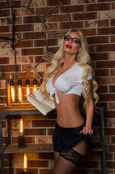 Linda Great - Escort Girl from Bridgeport Connecticut