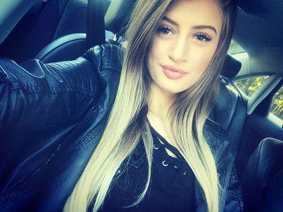 Lily Reyes - Escort Girl from Buffalo New York