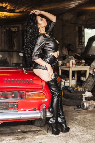 Lisa Zambrano - Escort Girl from Irving Texas