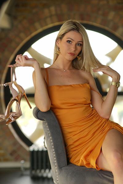Autumn Wise - Escort Girl from Sunnyvale California