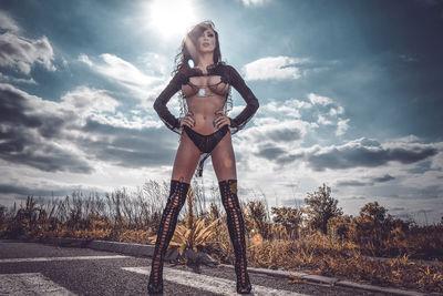 Saemi Royal - Escort Girl from Springfield Missouri