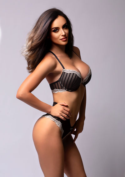 Tina Kim - Escort Girl from Glendale Arizona