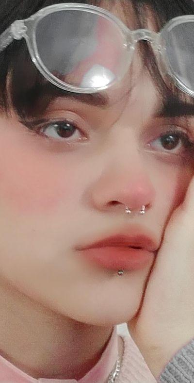 Uryu Kim - Escort Girl from Sterling Heights Michigan