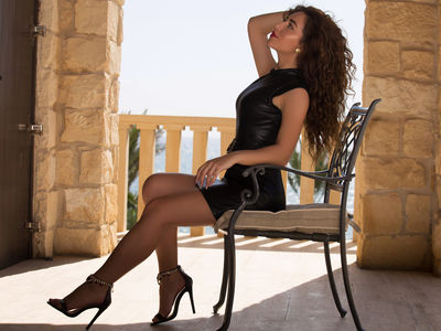 Victoria Royal - Escort Girl from Buffalo New York
