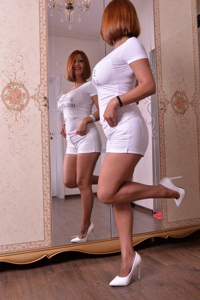 Beatriz Calzada - Escort Girl from St. Louis Missouri