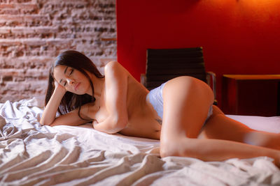 Jerri Beaman - Escort Girl from St. Louis Missouri