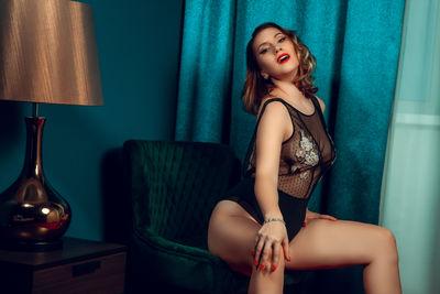 Angella Mais - Escort Girl from Burbank California