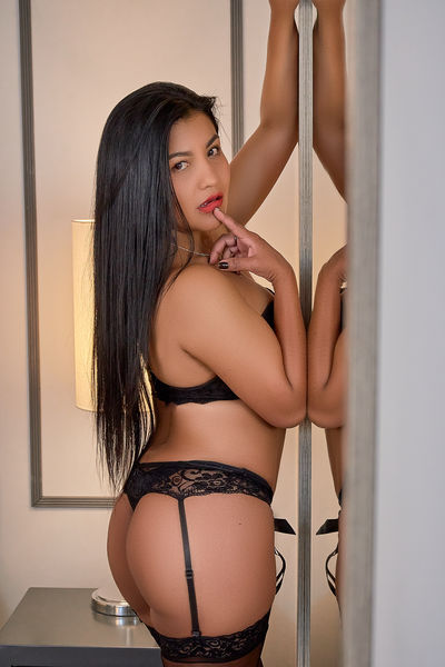Anna Ramos - Escort Girl from Sterling Heights Michigan