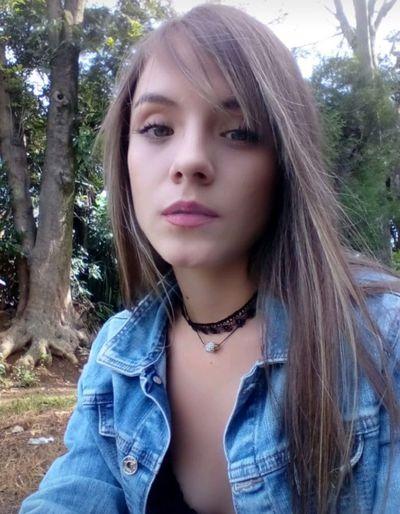 Ariana Robinson - Escort Girl from St. Louis Missouri
