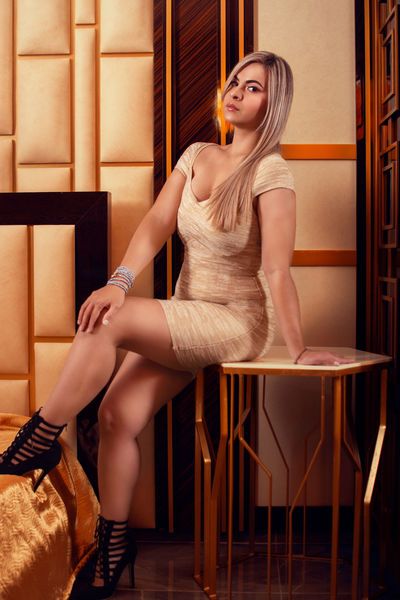 Clarise Muller - Escort Girl from Sterling Heights Michigan