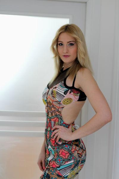 Cynthia Top - Escort Girl from Cambridge Massachusetts