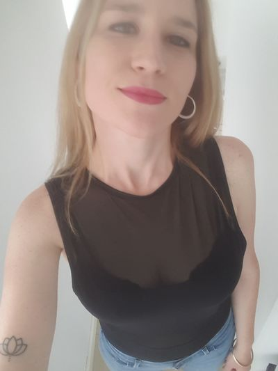 DINA Carline - Escort Girl from St. Petersburg Florida