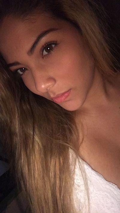 Emily Blemer - Escort Girl from Cambridge Massachusetts