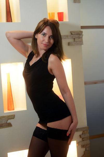 Hotly Marianna - Escort Girl from Laredo Texas
