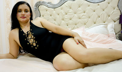 Rosilind XOXO - Escort Girl from Springfield Illinois