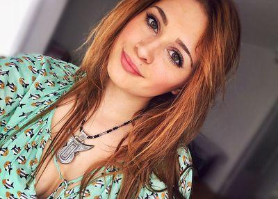 Kimi Vaughn - Escort Girl from Buffalo New York