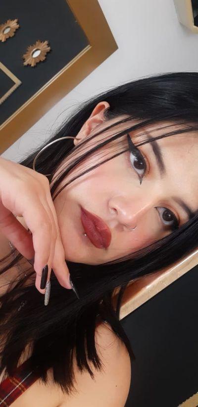 Lara Blacke - Escort Girl from Sterling Heights Michigan