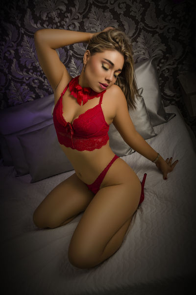 Caucasian Escort in Hartford Connecticut