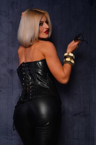 Natasha Divan - Escort Girl from Stockton California