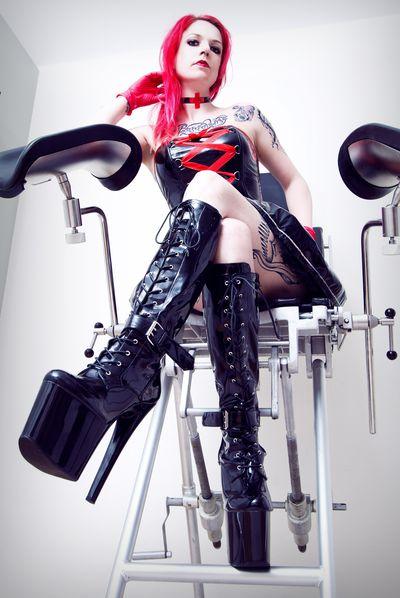 Schwester Vegas - Escort Girl from Huntington Beach California