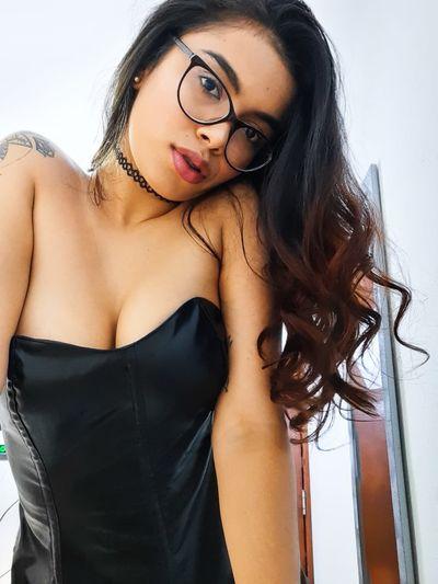 Stefany Garcia - Escort Girl from Springfield Illinois