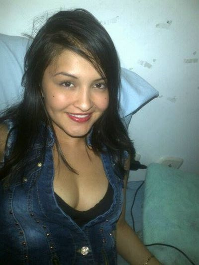 katelatina - Escort Girl from Elgin Illinois